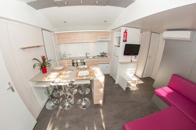 Mobil home tiki hut luxe 3 chambres au camping le - Residence de luxe interieur design montya ...